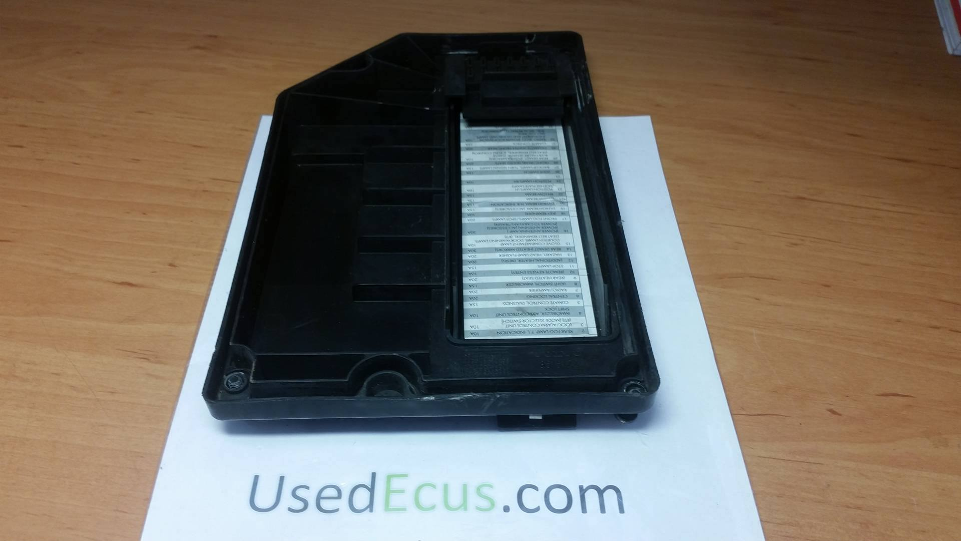 Volvo V70 C70 S70 1996 00 Engine Fuse Box Cover Panel 3515122 On Price
