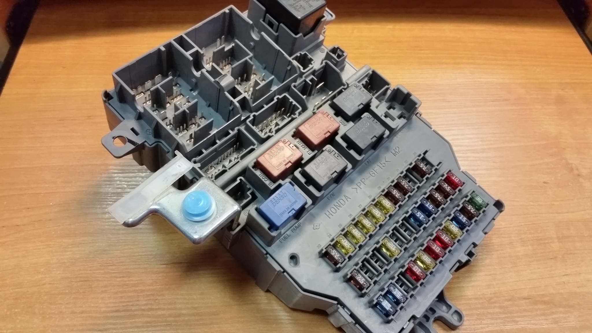 honda fuse box price honda accord 2004 fuse box  xe207loj  111802 usedecus com  honda accord 2004 fuse box  xe207loj