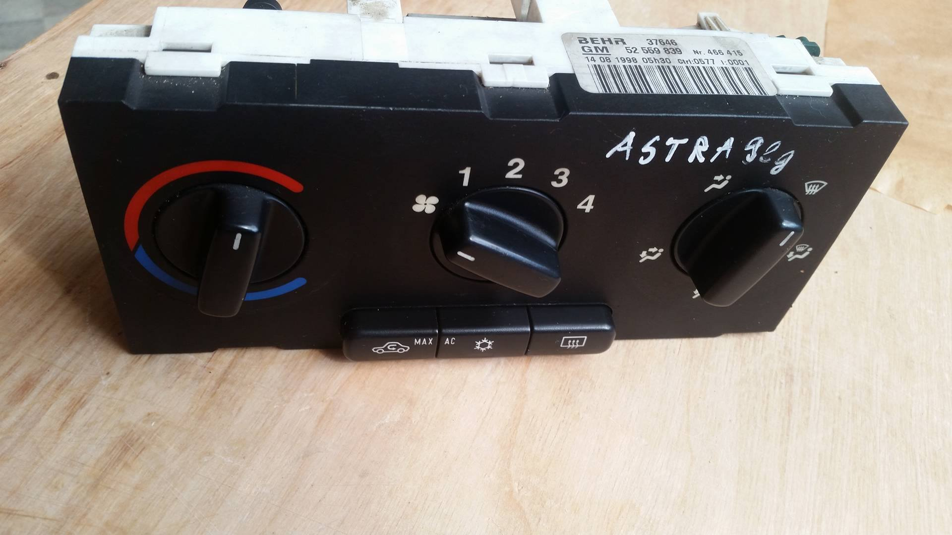 Opel Vauxhall Astra, Heater AC Control Panel