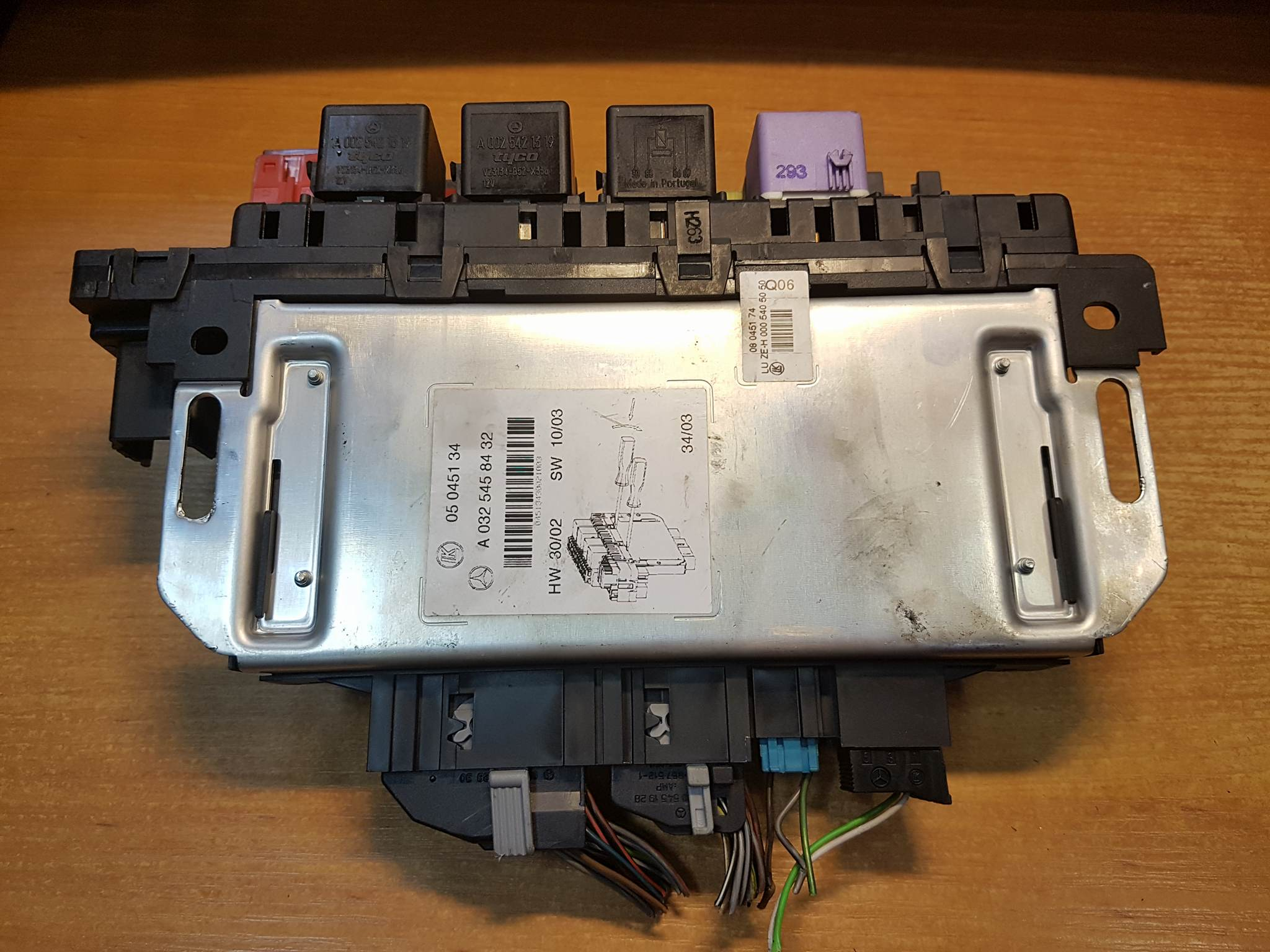 Mercedes Benz 300e Fuse Box Auto Electrical Wiring Diagram 1996 300d Engine Battery Cl500