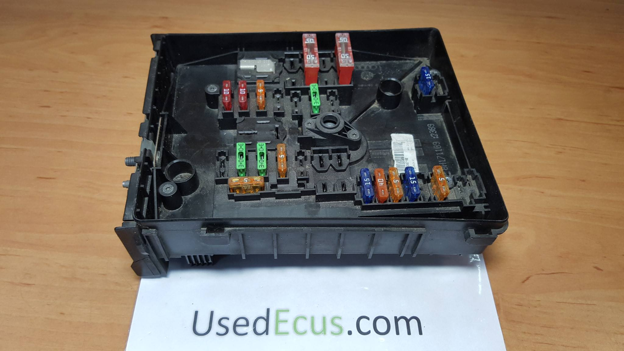 fuse box on a skoda octavia
