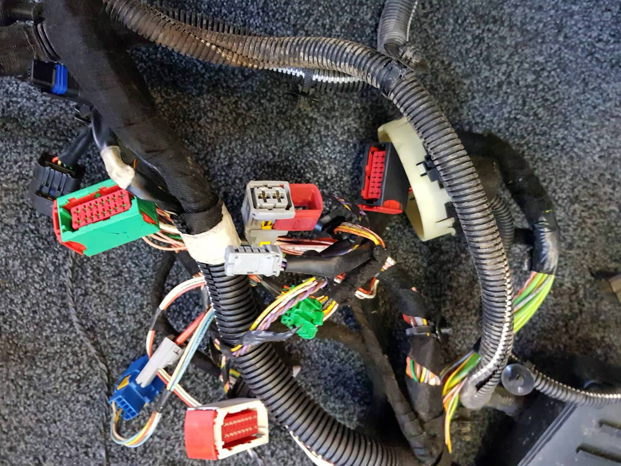 Peugeot 307 Cc Citroen C4 2004 08 Wiring Loom Wire Cable Price