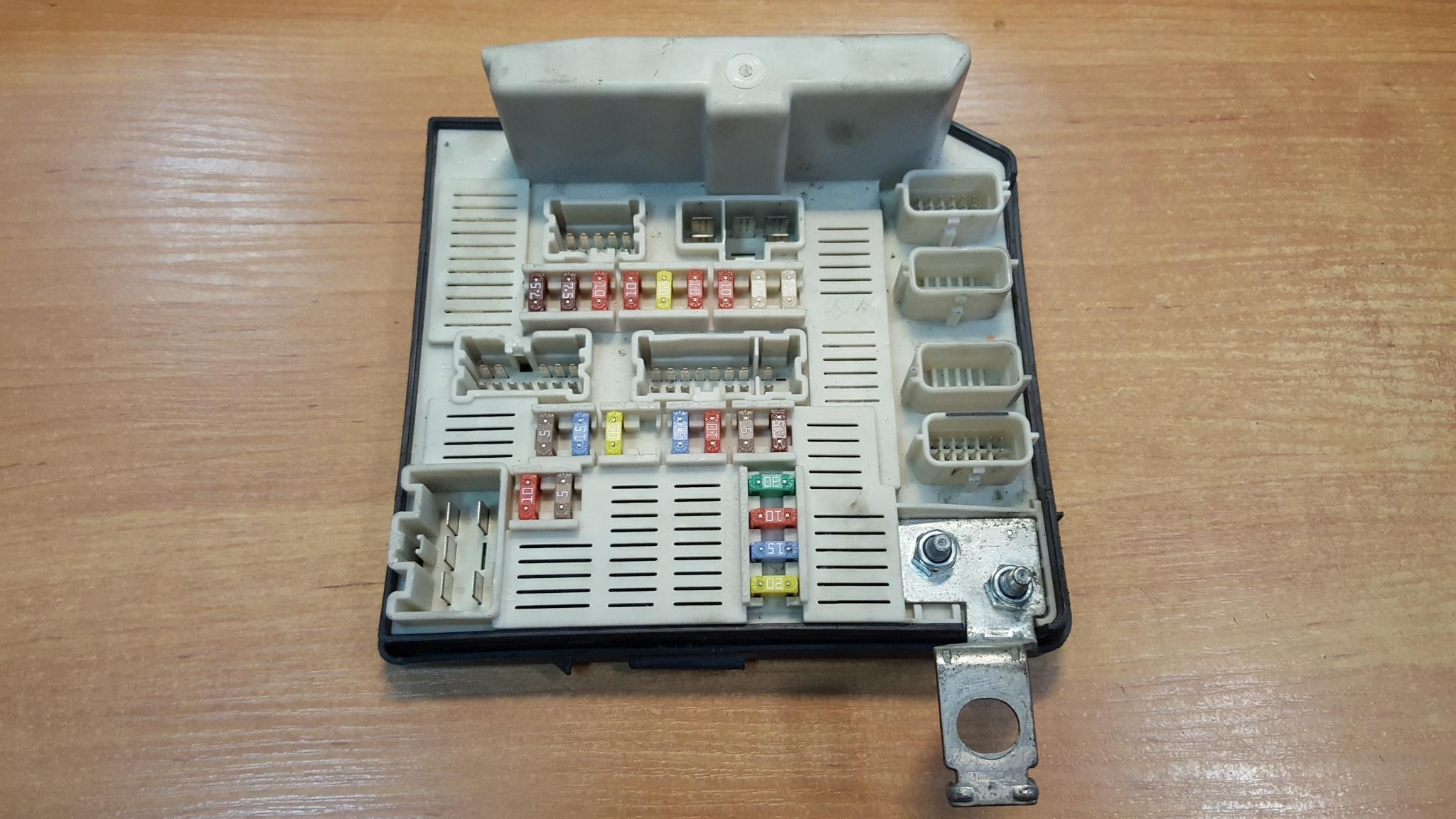 Renault Megane Grand Scenic Fuse Box Location Wiring Diagrams Cover Reno U2022 138dhw Co Nissan Juke Shock Absorber